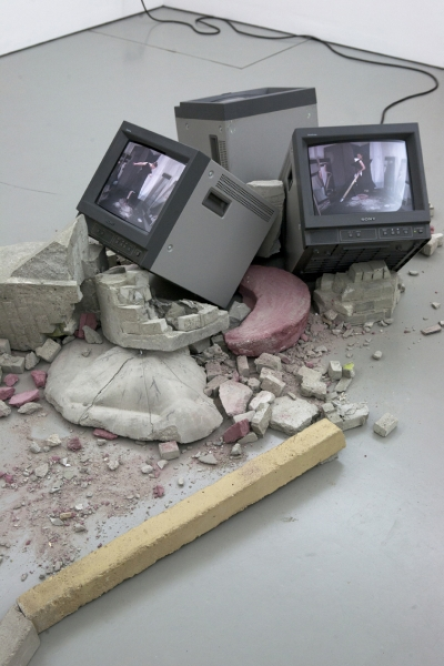 Betonestrich/3 Monitore/HDV-Player/